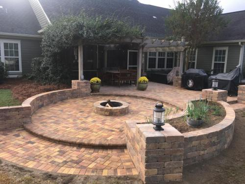 Round Paver Patio with Firepit