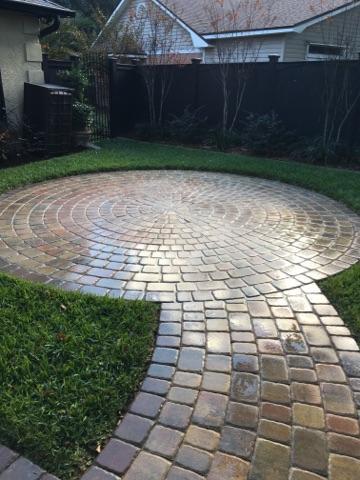 Circle Stone Patio Design